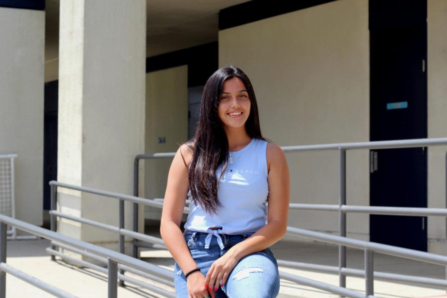 Alejandra Kicks Off Senior Year With New Beginnings